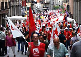 20100628164400-banderas-manifestacion-27j-0.jpg