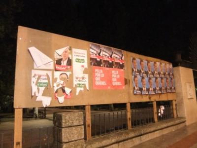 20111106172245-carteles-rotos.jpg