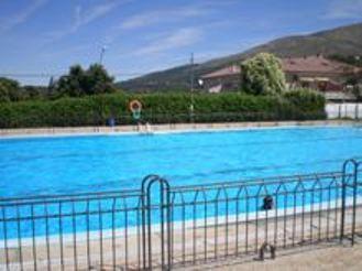 20120604160849-piscina-candelario.jpg