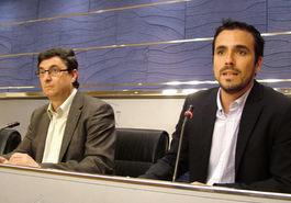 20120911145852-albertogarzon-centella-congreso.jpg